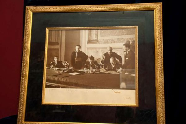 Rare Photo of the Signing of the Lateran Treaty: Pope Pius XI