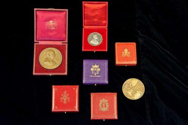 Medallion in Its Original Case Commemorating St. Pius X Canonization