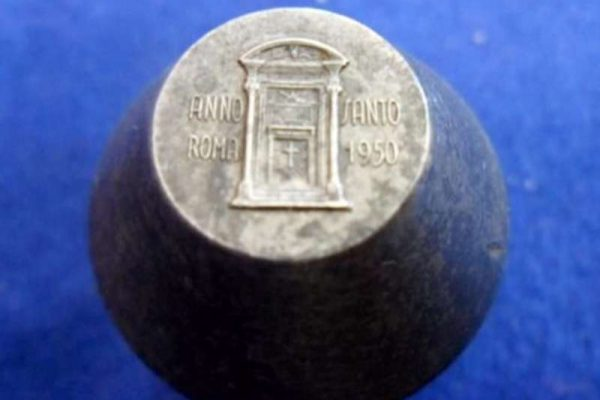 Metal Mold for Commemorative Medals from the 1950 Holy Year: Pope Pius XII