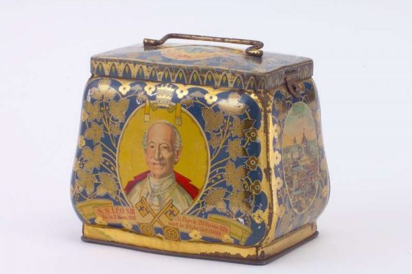Biscuit Tin Commemorating the Death of Pope Leo XIII and the Election of St. Pius X, Dated 1903