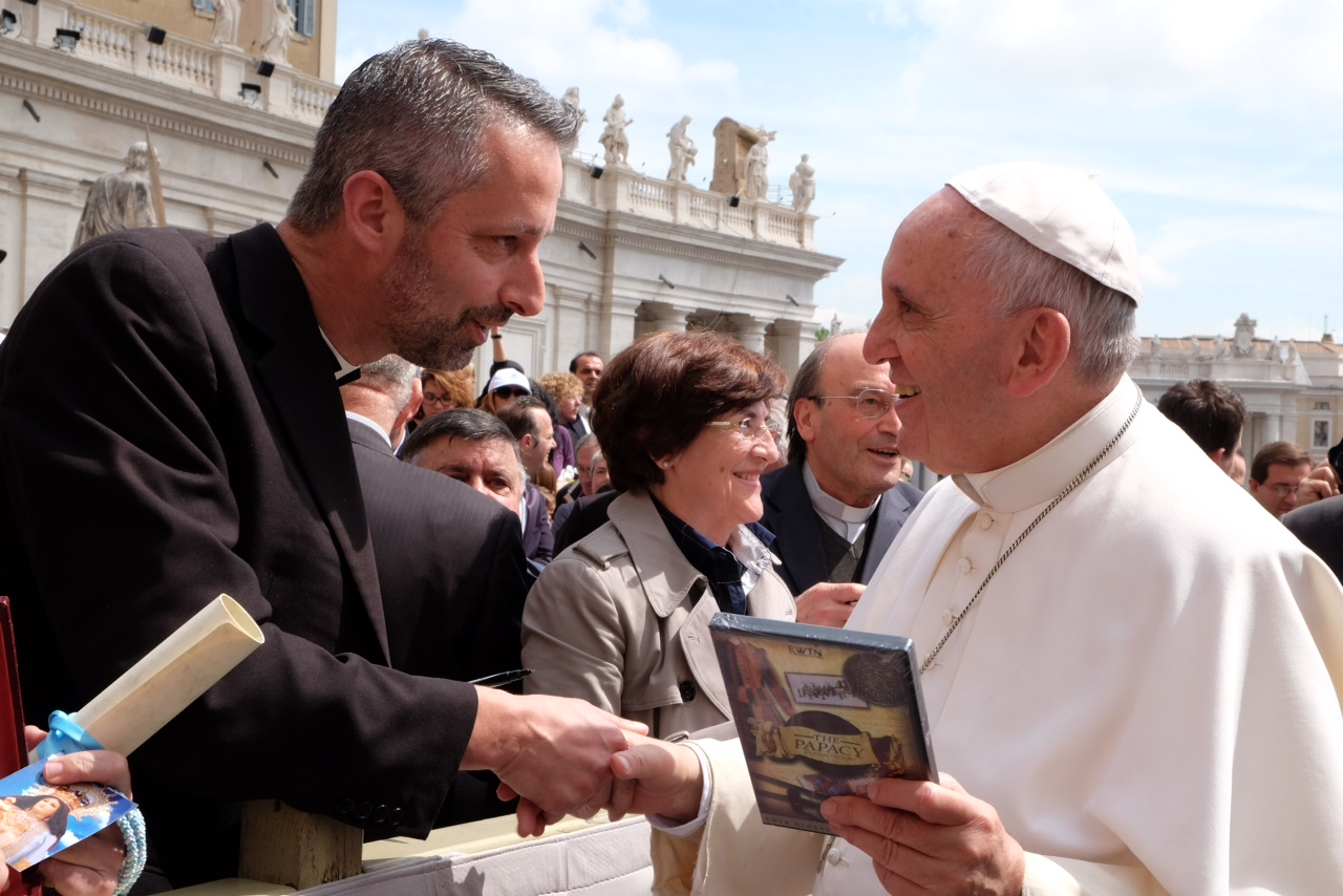 Fr Richard Kunst and Pope Francis 15