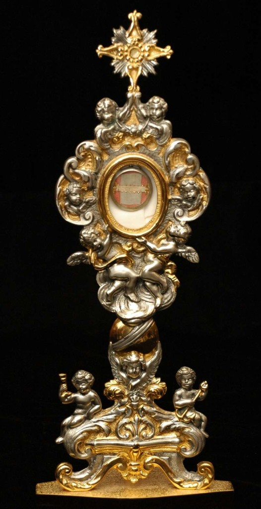 Reliquary Containing a Portion of Original White Cassock of St. Pius V