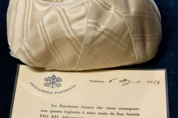 Pius XII: A Zucchetto Worn by the Pope on August 6, 1957