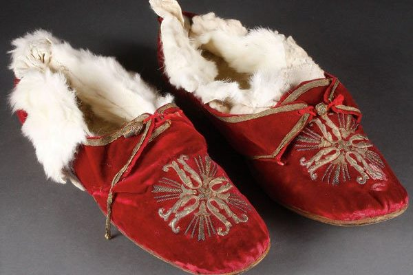 Pope St. Pius X: Papal Slippers Worn by the Pope