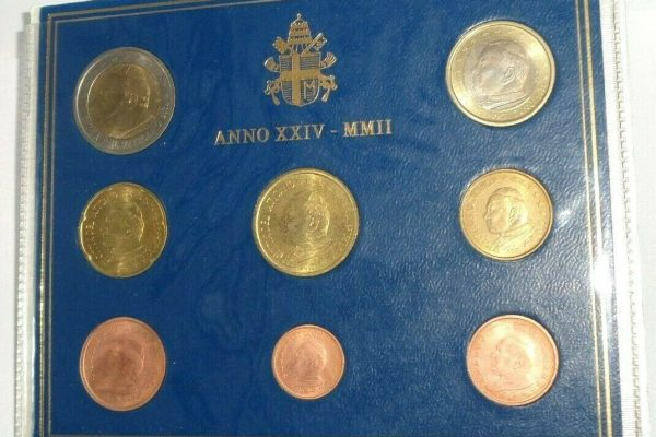 Pope John Paul II: 2002 Vatican City First Issue Euro Mint Set