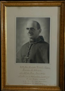 Photograph With a Blessing: Pope Paul VI as Archbishop