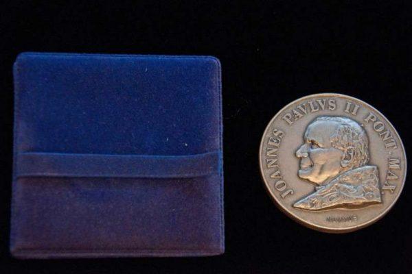Medal Commemorating Saint John Paul II's Visit to John Paul I's Family