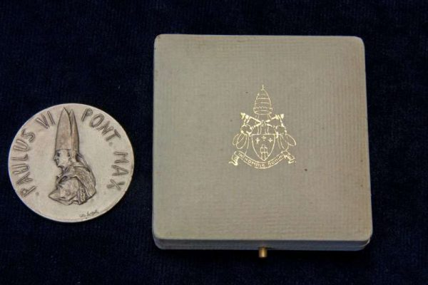 Medal from the Holy Year, 1975: Pope Paul VI