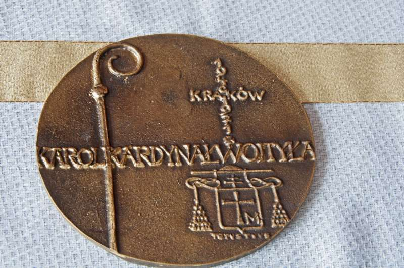 Large Medal Commemorating the 25th Anniversary of Saint John Paul II Ordination