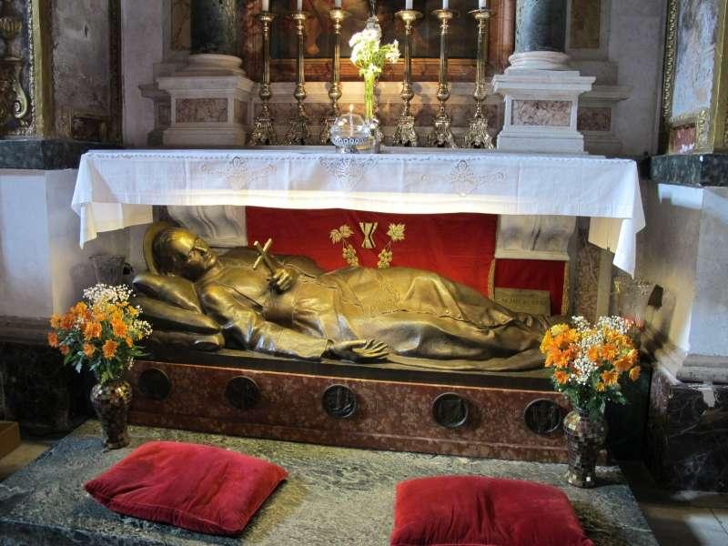 Tomb of St. Gaspare del Bufalo in Santa Maria in Trivio, Rome