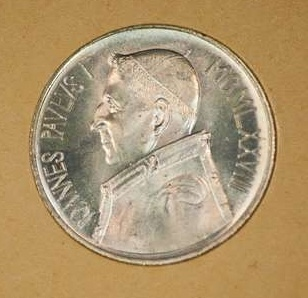 1,000-Lira Coin in its Original Sleeve From the Pontificate of  Pope John Paul I