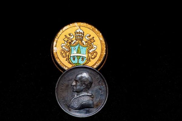 Medal From the Holy Year of 1900: Pope Leo XIII