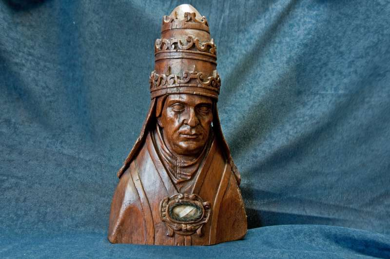Hand-Carved Wooden Reliquary from the 1600's Containing a Relic of St. Deusdedit I