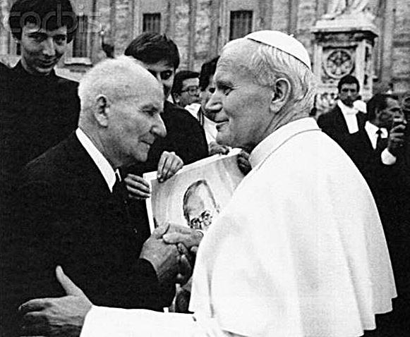 Pope John Paul II & Franciszek Gajowniczek at the Canonization of Maximilian Kolbe, 1982